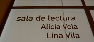 LINA VILA, CON ALICIA VELA, EN LA SALA JUANA FRANCÉS